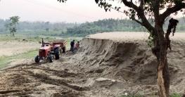 সরকারি প্রকল্পের অজুহাতের দীঘিনালায় অবৈধভাবে বালু উত্তোলন